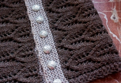 by rgoriginals - http://www.ravelry.com/projects/rgoriginals/gothic-lace-cowl