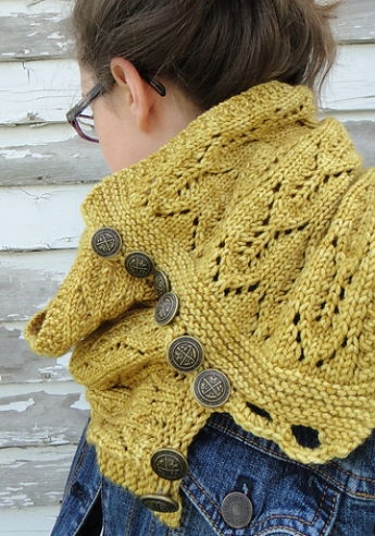 by TinerW - http://www.ravelry.com/projects/TinerW/gothic-lace-cowl