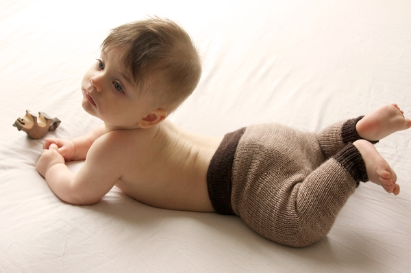 The Rocky joggers make use of short rows to create room for a diaper bum.