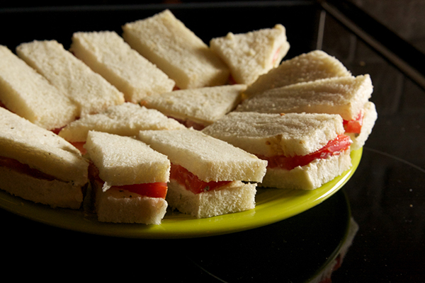 mmmm, I love a good tea sandwhich!