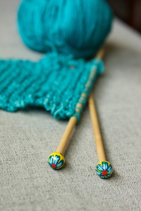 Knitting Rhyme Off Jumps Jack : Teaching kids to knit tin can knits