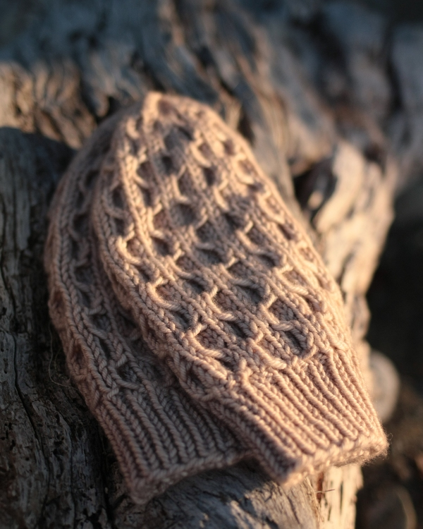 Light and Shadow by Tin Can Knits