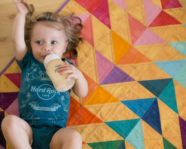 Neve's Quilt and #trianglesaresohotrightnow | Tin Can Knits